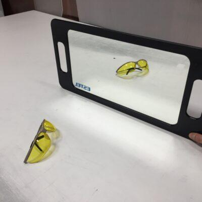 Зеркало из акрила